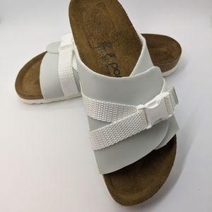 Carrie birkenstock sandals 37 defect!!!